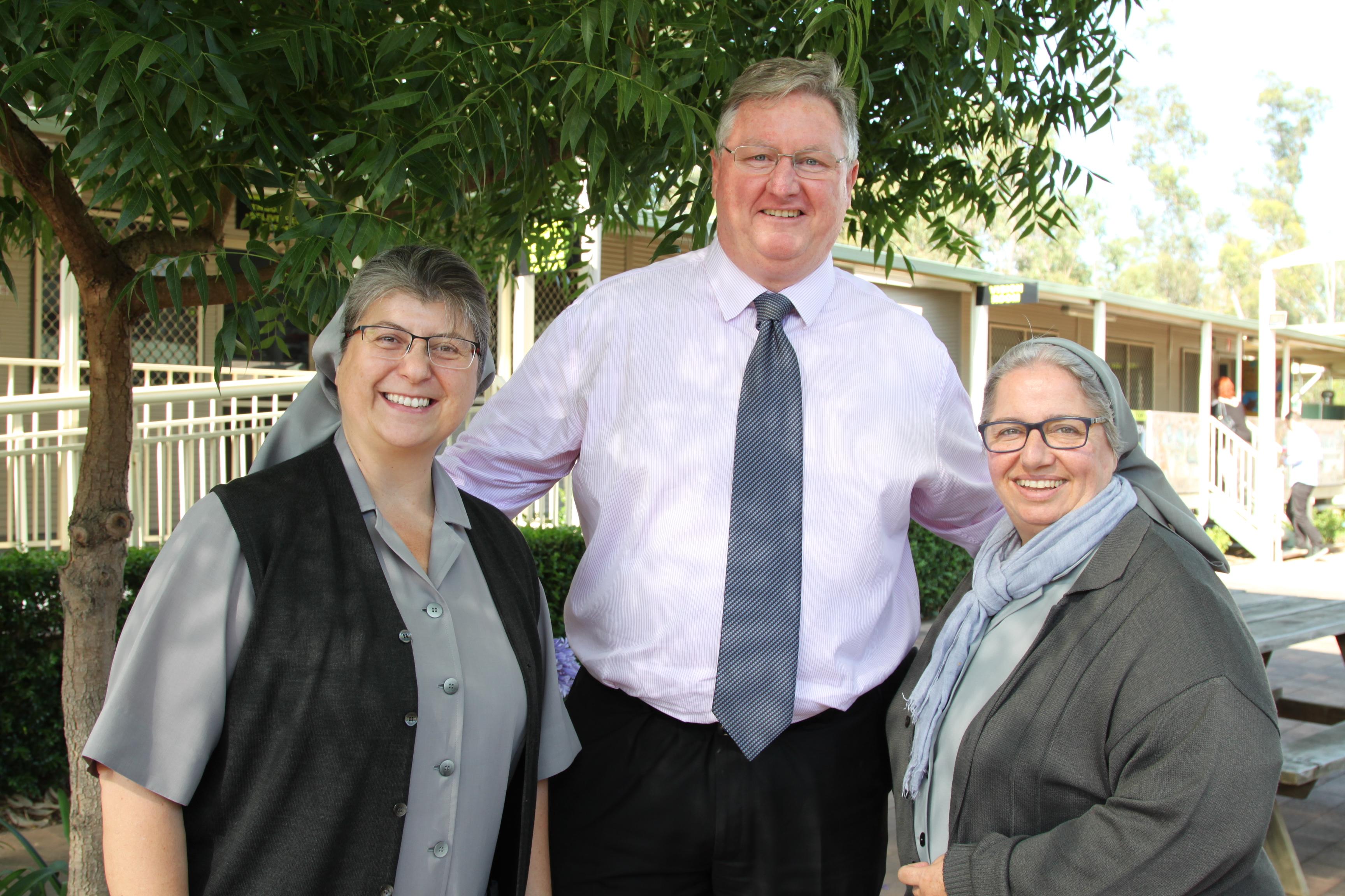 Con Greg Miller, Director de St Luke's Catholic College